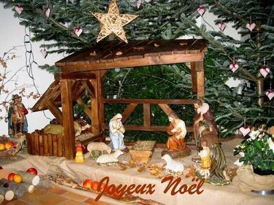 Noël approche avec ses nombreuses réjouissances et beaux cadeaux. Je voulais que tu saches en cette période de fêtes que tu êtes le plus beau cadeau que la vie m'a apportée. Joyeux Noël !