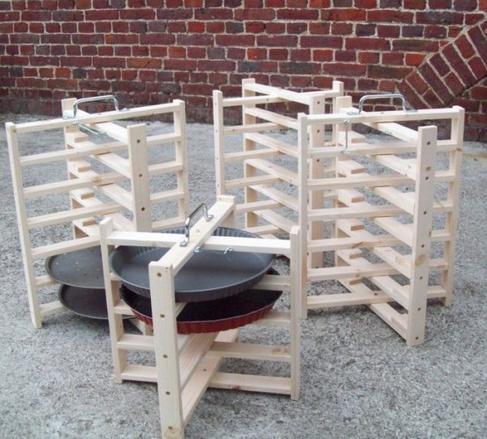 porte tartes l 39 atelier bois. Black Bedroom Furniture Sets. Home Design Ideas