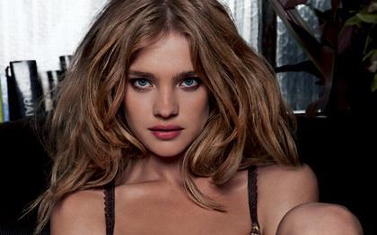 natalia vidianova et julie ordon se ressemble? mais je trouve que julie est plus belle :) et vous ?