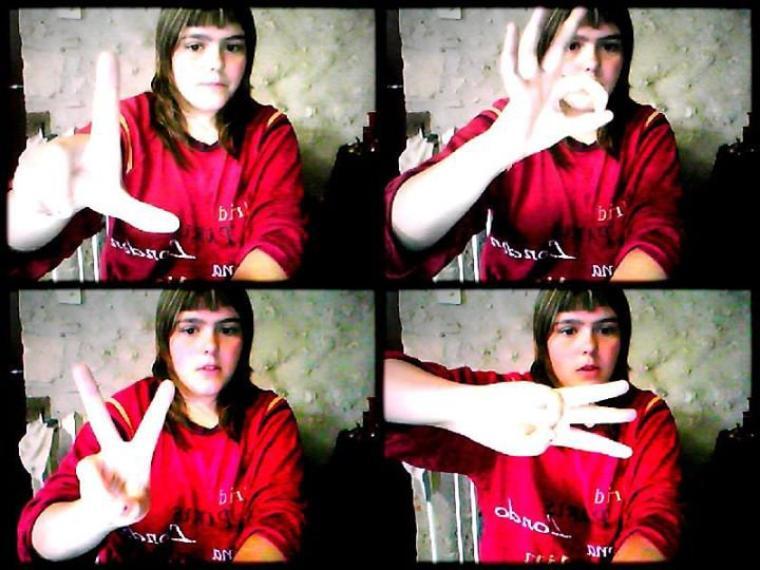 :3 oui je suis en pyjama et alors ???? je vous merde tous