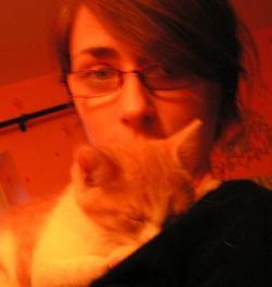 « Le chat est d'une honnêteté absolue : les êtres humains cachent, pour une raison ou une autre, leurs sentiments. Les chats non.  »  Ernest Hemingway