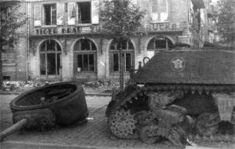 char cherbourg sera detruit a proximite du pont de Kehl