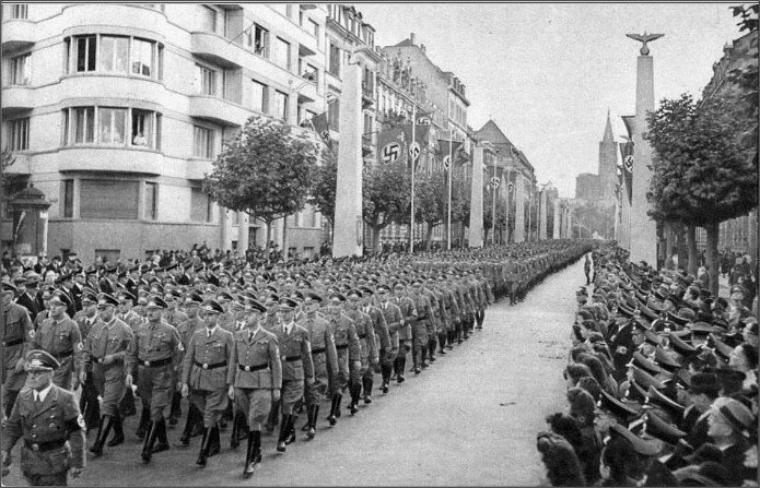 Les défilés militaires à Strasbourg