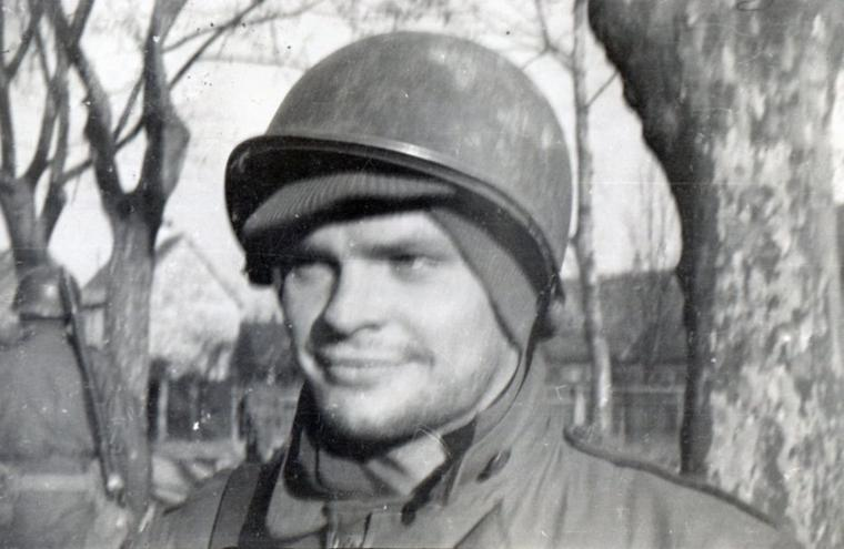 Herb Jahn. Bischweiller, France. Le jour de Noël 1944. C/274