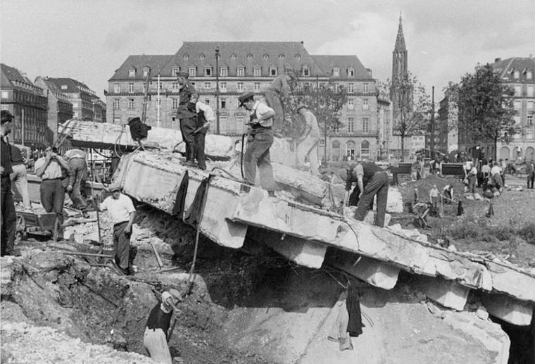 1940 plac de la Bourse à Strasbourg