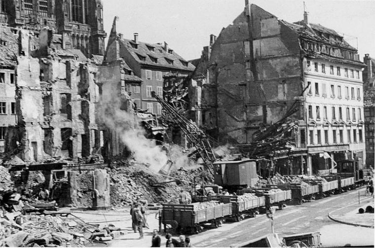 1944.08.11 bat entre hallebardes et mercieres