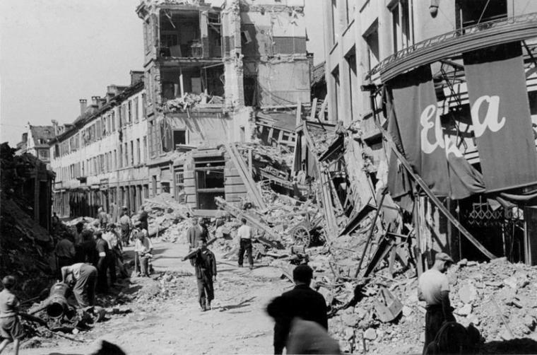 1944.08.11 printemps elka