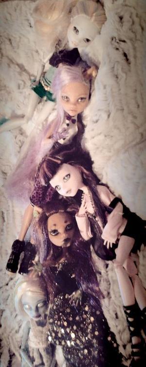 Les autres dolls