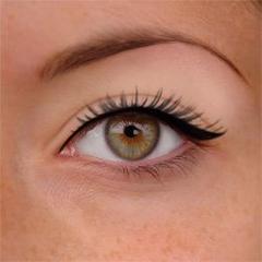 ~ Comment appliquer l'eyeliner liquide en 10 conseils ~