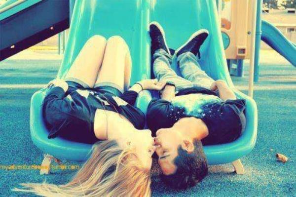Car l'amour, c'est : On se veut et on s'enlace, puis on s'en lasse et on s'en veut.