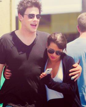 12/05/2012 - Cory & Lea ont été vus quittant Canter's Deli à Los Angeles