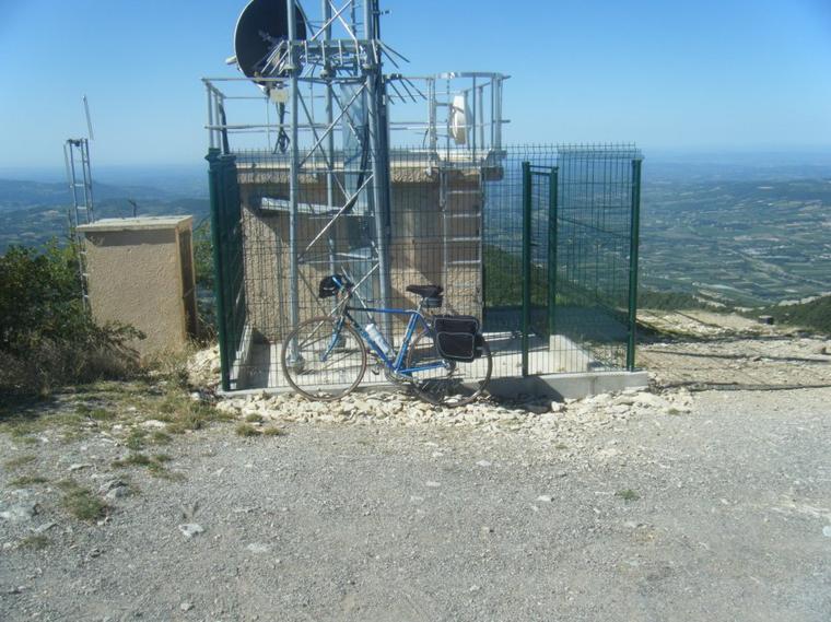 montagne de la Garde-Grosse (944 mètres)