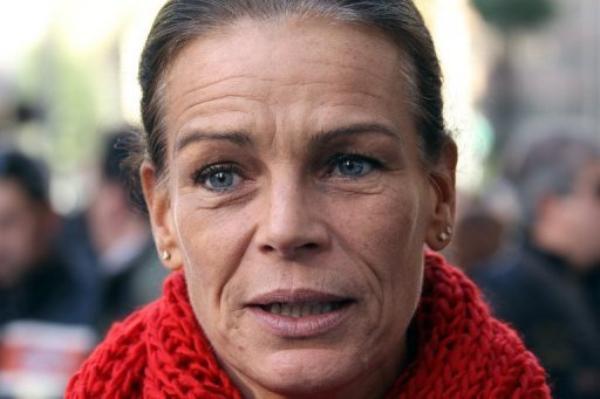 Photos st phanie de monaco avec ou sans maquillage elle fait 10 ans de plus que son ge - Jeanne mas et son mari ...