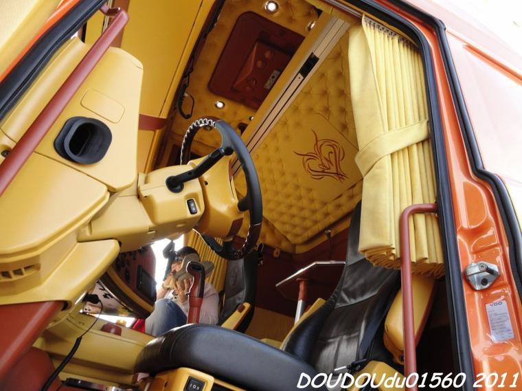 Blog de doudoudu01560 page 25 trucks spirit for Interieur camion scania