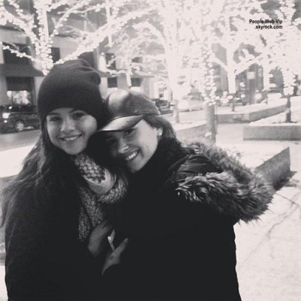 PHOTOS INSTAGRAM DU WEEK END :  Katy Perry, Elie Goulding, Lucy Hale, Olivia Wilde, Demi Lovato, Selena Gomez, Miley Cyrus, Hilary Duff, Vanessa Hudgens