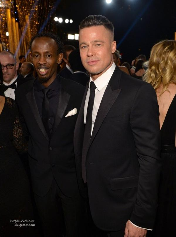 Screen Actors Guild Awards 2014 - RED CARPET Cate Blanchett, Lupita Nyong'o, Julia Roberts, Jennifer Garner, Matthew McConaughey et sa femme et Brad Pitt (et sa nouvelle coupe de cheveux ! )