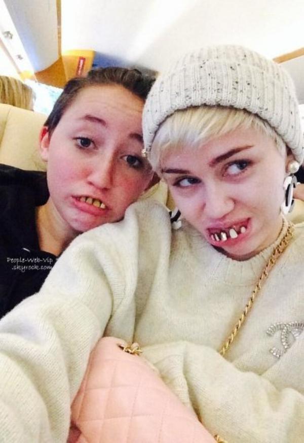 PHOTOS TWITTER DE LA SEMAINE ! Miley Cyrus et sa soeur Noah, Lea Michele, Sophia Bush, Troian Bellisario, Lucy Hale, Katy Perry, Hilary DuffI, an Somerhalder et Nina Dobrev ! Lesquels préférez-vous?