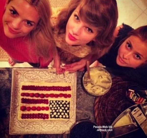 """"""" Party in the USA """" Shay Mitchell, Paris Hilton, an Somerhalder, Khloé Kardashian, Taylor Swift, Vanessa Hudgens, Zac Efron et Miranda Kerr célèbrent en grand le Jour de l'Indépendance des États-Unis!  Qu'en pensez vous ?"""