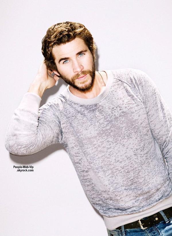 """Liam Hemsworth pose pour le magazine """" Nylon Guys """"  Qu'en pensez vous ?"""