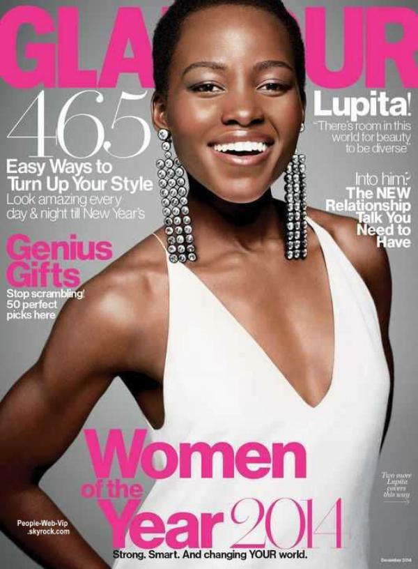 """Photographié par Tom Munro, l'actrice Lupita Nyong'o est élue """"Femme de l'année 2014"""". C'est avec un grand sourire qu'elle pose sur la couverture du magazine américain Glamour."""