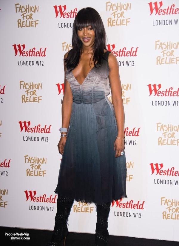 """Naomi Campbell a été aperçue à la soirée """"Fashion For Relief Pop Up Launch Party """"  au centre commercial Westfield . Le mannequin a été rejoint à la grande fête par l'acteur Idris Elba. (jeudi après-midi (27 Novembre) à Londres, en Angleterre.)"""