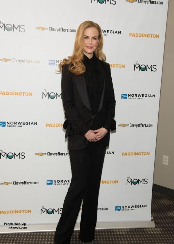 Nicole Kidman dans une tenue classique et chic aperçue lors d'une projection de son nouveau film de Paddington à la Film Society du Lincoln Center. ( mardi après-midi (6 Janvier) à New York City.)