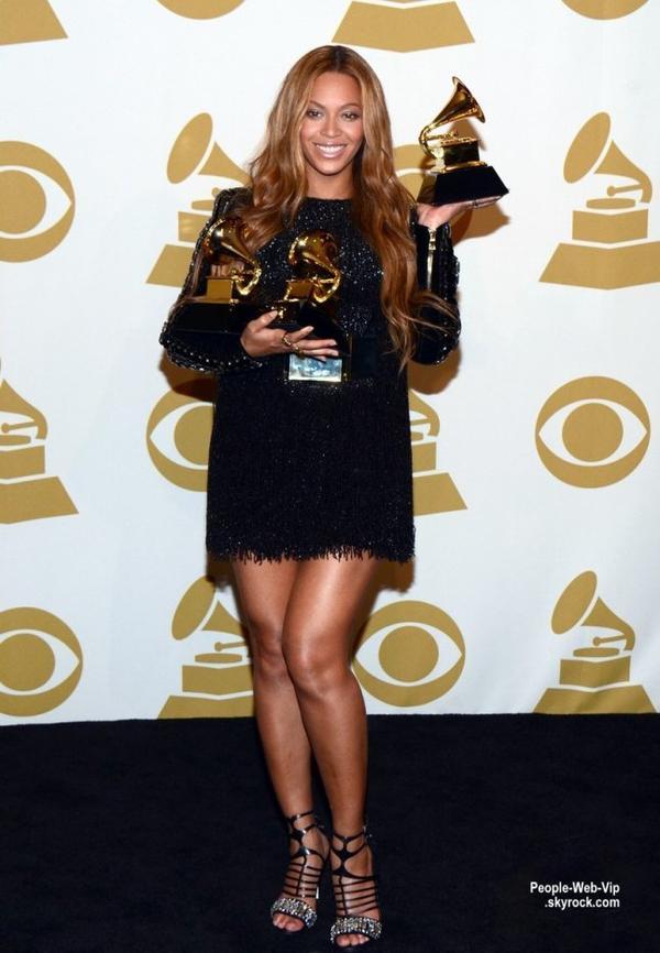 - LES GRAMMY's AWARDS 2015 - PALMARES   La 57e cérémonie des Grammy Awards a eu lieu dans la nuit du dimanche 8 février au lundi 9 février. Pour voir ou revoir cet événement, rendez vous sur la chaîne D17, ce lundi 9 février en première partie de soirée pour une diffusion exclusive en différé (dimanche (8 Février) à Los Angeles.)