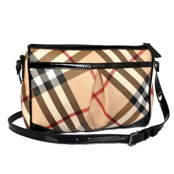Well-known Uk exports will be the Burberry Sling Bags