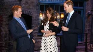 LONDRES : Tableaux magiques historiques, taxi customisé et poupée de cire pou-pée Watson