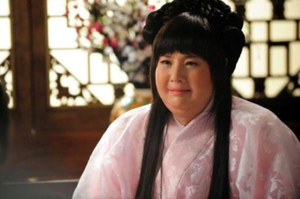 Hwa Yeong Princess's Weight Loss//Film Coreen // 6 parties //Comédie & Amour// 2011
