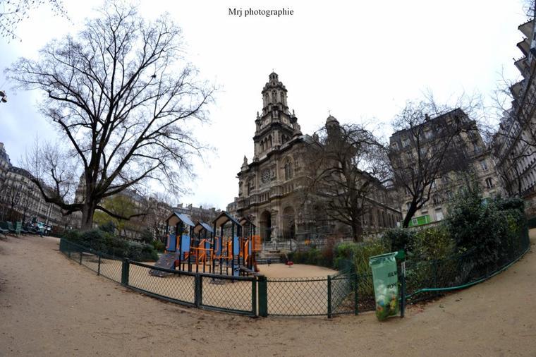 Eglise, à Paris St Lazare.