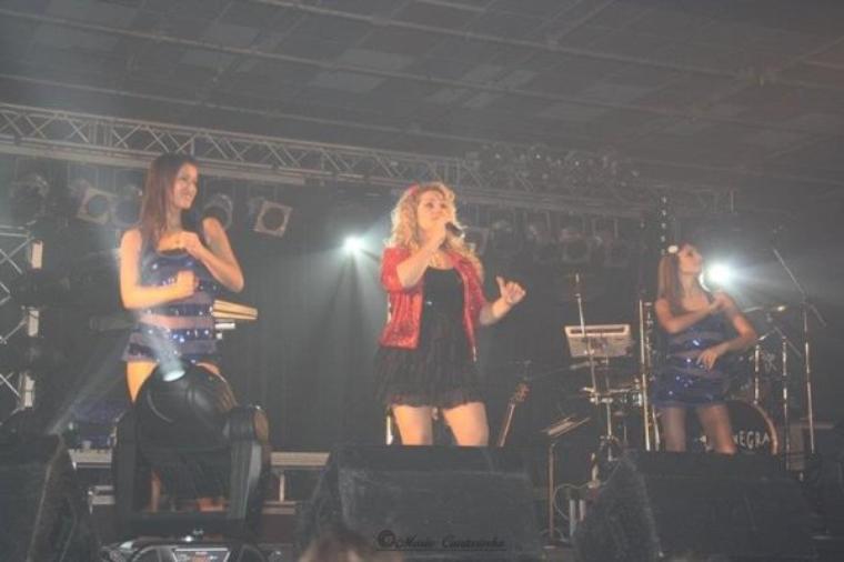 Elena e suas bailarinas