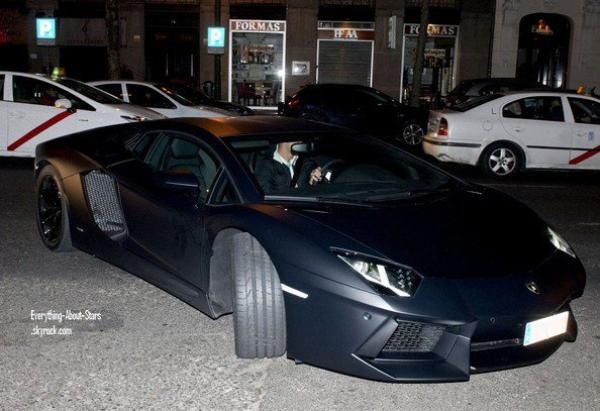 Découvre la Aventador LP700-4 Lamborghini de Cristiano ...