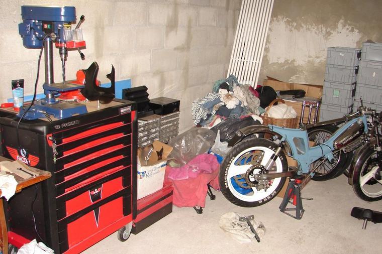 Enfin un garage en guise d 39 atelier ma bleue for Garage donnay guise