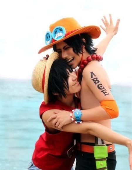 Cosplay de Portgas.D Ace et Monkey.D Luffy