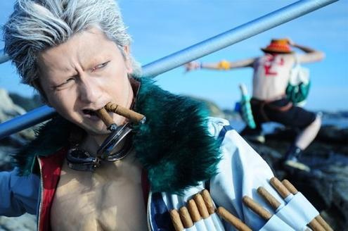 Cosplay Tashigi et Smoker