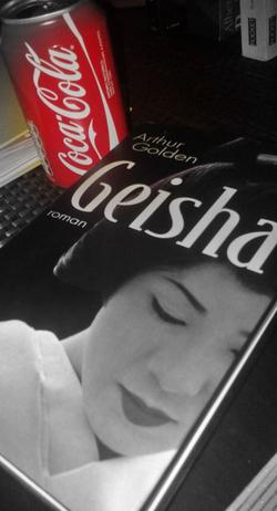 . Geisha - Arthur Golden.
