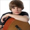 .Photo Exclusive d'un photoshoot inconnu fait par Justin en 2OO9 !  .