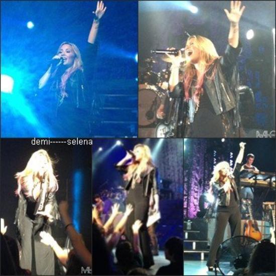 Demi Lovato: performance à Vienna, VG