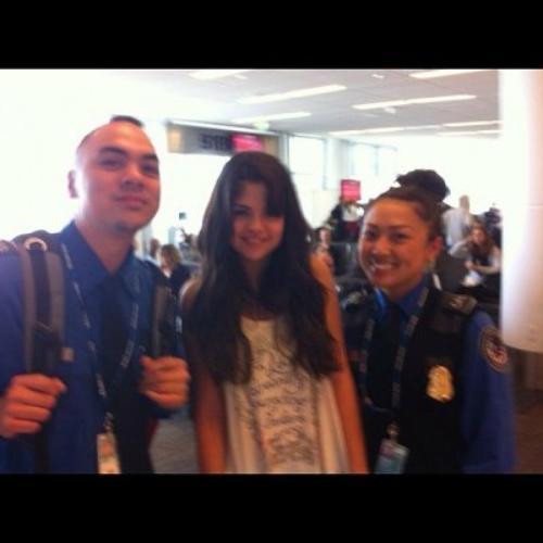 Selena Gomez: avec des fans