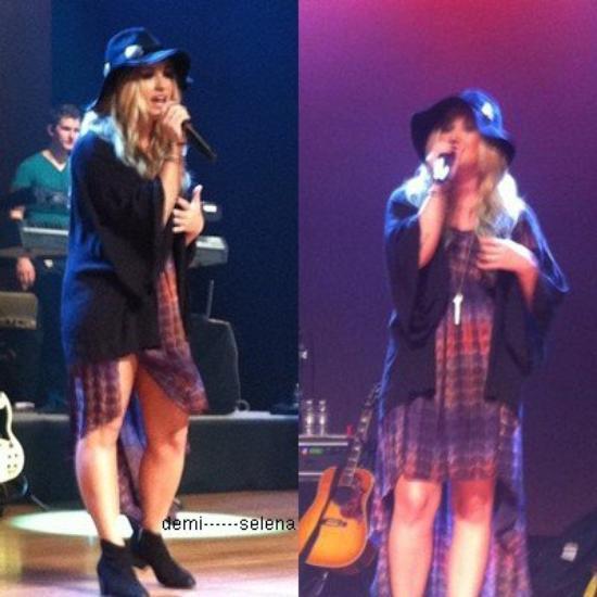 Demi Lovato: soundcheck à Chicago le 4 août
