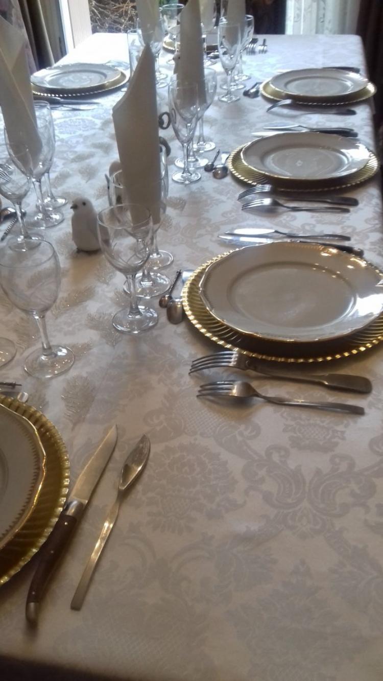 repas en famille pour feter le debut de l annee