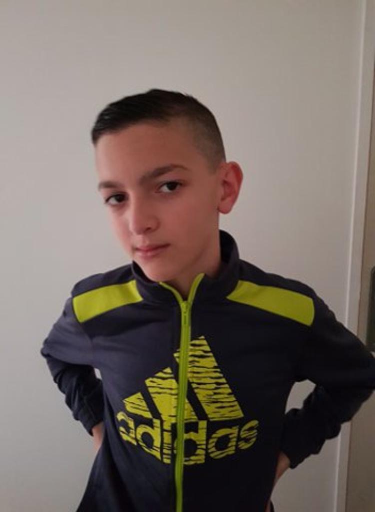 voila mon petit fils wail  12 ans
