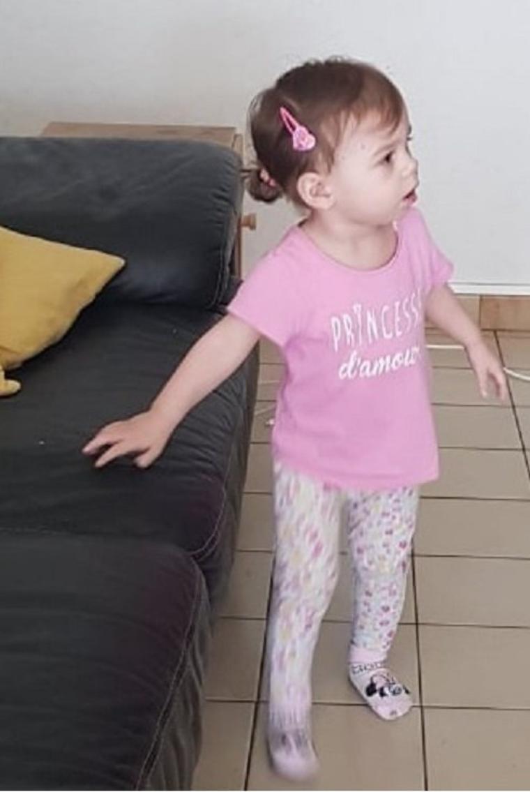 voila ma princesse angelina 16 mois