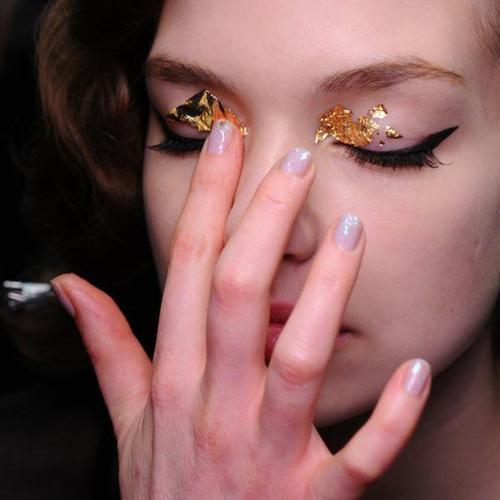 ஃ Make-Up