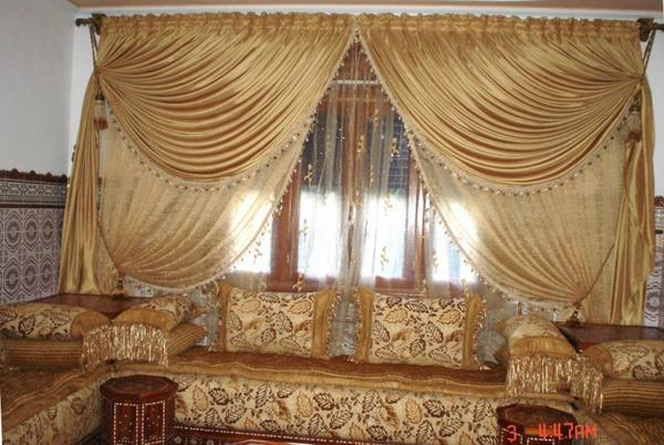 blog de salons marocains page 3 salons marocains 2013 2014 salon marocain moderne tapissier. Black Bedroom Furniture Sets. Home Design Ideas