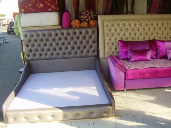 t te de lit en semi cuir salons marocains 2017 2018. Black Bedroom Furniture Sets. Home Design Ideas