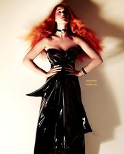 Katy Perry, méconaissable en rousse !