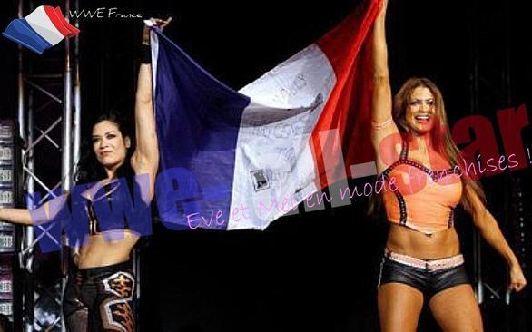 Eve Torres & Melina Aiment La France! La Preuve :