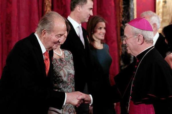 ESPAGNE Début d'incident diplomatique entre l'Espagne et le Vatican, sur fond d'exhumation de Franco